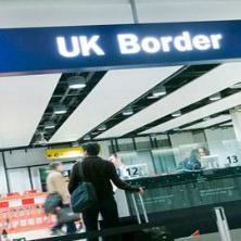 영국 세관 및 공항 도착: 핵심편